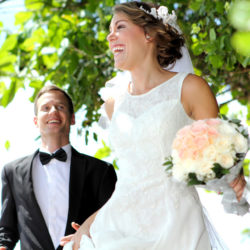 Newlyweds—9 Tips to Start Your Marriage Off Financially Sound